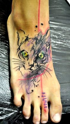 Musa Lukáš abstract cat tattoo. Something a bit less scraggly looking would be cute