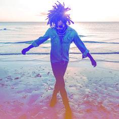 "Lenny Kravitz - ""Low"", ""It's Enough"" (From the album ""Raise Vibration"", Sep 7th, 2018)  #UnitedStates #NewYork #Rock #HardRock #PopRock #Funk #NeoSoul #LennyKravitz #RockParadiso #LayRockShooter #SearchRockParadisoOnGoogle"