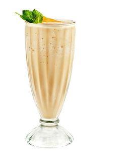 Ovocno-bielkovinový drink s ananásom | Casprezeny.sk