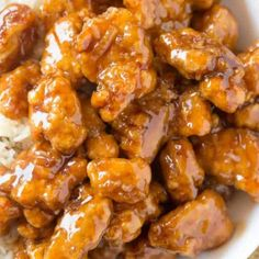 Panda Express Orange Chicken with tender chicken thighs fried crisp and tossed in a magical perfect-copycat sauce! Panda Express Orange Chicken with tender chicken thighs fried crisp and tossed in a magical perfect-copycat sauce! Orange Chicken Sauce, Baked Orange Chicken, Sauce For Chicken, Chicken Recipes, Recipe Chicken, Chicken Pasta, Fried Chicken, Orange Recipes, Asian Recipes