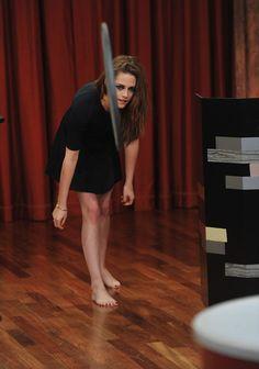 "Kristen Stewart Photo - Kristen Stewart Visits ""Late Night With Jimmy Fallon"""