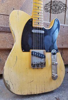 Broadcaster Butterscotch Blonde Telecaster heavy relic Tele Maple Neck Swamp Ash Body Bakelite Pickguard aged Nitro Finish Arty's Custom Guitars