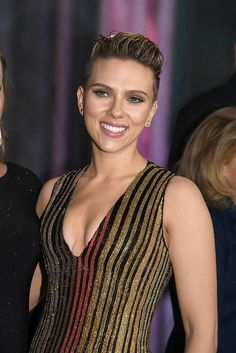 Scarlett Johansson Fashion Style 15