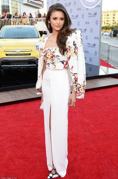 Simply stylish  Actress Nina Dobrev donned a gorgeous cream outfit with  floral motif Nina Dobrev a6cb6d1feb88