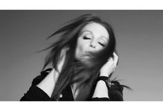Julianne Moore, 2010 by Brigitte Lacombe Brigitte Lacombe, Red Video, Wall Of Fame, Julianne Moore, Black And White Portraits, Famous Women, Famous Faces, Celebrity Pictures, Long Hair Styles