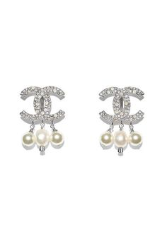 Clip-on earrings, metal, cultured fresh water pearls, strass & glass pearls-silver & pearly white - CHANEL