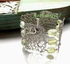 Closeup of same bracelet  (2 of 2)