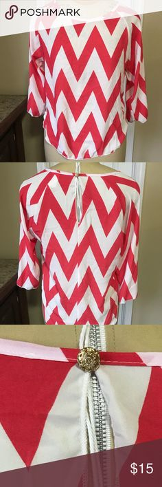 Pink & White Zig-zag Dress Top 🌟 Negotiable Pricing 🌟 Ask about Bundles and Discounts 🌟 Clean and Smoke Free 🌟 Packaged with Care 🌟 Fast Response Time Absolute Angel Tops Blouses