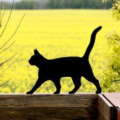 Cat Garden Ornament Lolek for Cat Lovers - Metal Yard Art Garden Deco, Cat Garden, Garden Art, Garden Pond Design, Metal Yard Art, Metal Art, Farm Crafts, Cat Silhouette, Cat Memorial
