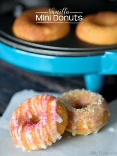 5 Reasons to Cook with Kids + Vanilla Mini Donuts Recipe - Vanilla Mini Donuts Recipe using Holstein Housewares - Mini Donut Maker Recipes, Babycakes Donut Maker, Babycakes Recipes, Easy Donut Recipe, Cake Mix Recipes, Vegan Dessert Recipes, Sweets Recipes, Delicious Desserts, Mini Doughnuts