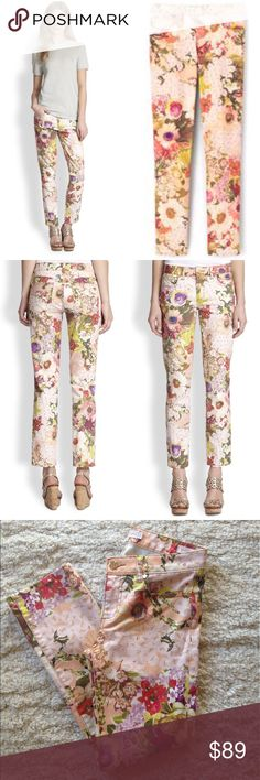 Tory Butch Izzy Ankle Skinny Jeans Skinny jeans with a colorful floral print. Comfortable and bold. 5 pockets. Cotton blend. Sz 26. Zip fly with button closure. EXCELLENT USED CONDITION. No damages/bad odors/rips. Tory Burch Jeans Skinny
