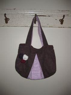 Cute plum handbag!