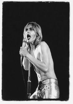 Exclusive Unseen Images From Iggy Pop's 'Raw Power' Photo Session Iggy And The Stooges, The Good Son, Power Photos, Unseen Images, Classic Rock And Roll, Billy Idol, Pop Heroes, Iggy Pop, Thing 1