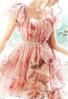 Floral Print Ruffle Wavy Dress Beautiful for Spring and Summer.  A romantic dress for a romantic date~