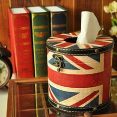 Retro british national flag style round tissue paper box/ tissue paper holder made with pu leather, christmas gift, home decor, london - Thumbnail 2
