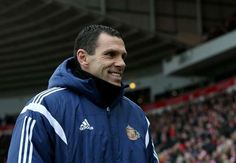 Gus Poyet signs two-year deal as Real Betis head coach