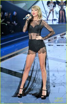 Taylor Swift Rocks Two Sexy Outfits During Victoria's Secret Fashion Show