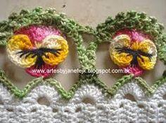 Amor Perfeito Flor em Crochê.  /  Perfect Love Flower Crochet.