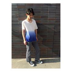 Leap店 林勉  グラデカラーのTシャツ✖︎ワイドパンツでゆるめのシルエットに 夏終わりコーデで秋らしさもとりいれて #buddyhair_fashionnews