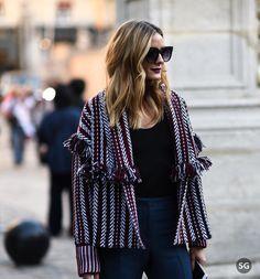 #pfw #strassengerecht  @oliviapalermo before @soniarykiel  Picture by #strassengerecht  #fashion #fashionweek #streetstyle #style #mode #moda #womenswear #oliviapalermo #soniarykiel #paris #french #franc