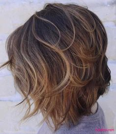 kurze-frisuren-fur-feine-haare-brauen | Bob Frisuren 2017 | Damen Kurzhaarfrisuren und Haarfarben Trends