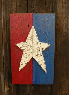 Primitive Star Wall Decor by SouthwindCrafts on Etsy 4th July Crafts, Fourth Of July Decor, 4th Of July Decorations, Patriotic Crafts, Americana Crafts, July 4th, Primitive Wood Crafts, Barn Wood Crafts, Primitive Furniture