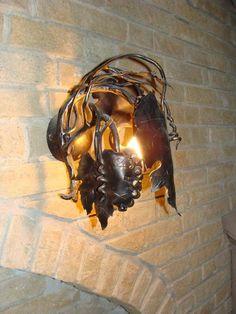 umelecká lampa vinič - výnimočné osvetlenie vinnej pivnice