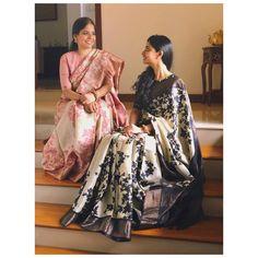 Sarees Tk Adore for it's Simplicity and Elegance:- Wanderlust Fashion Simple Sarees, Trendy Sarees, Stylish Sarees, Fancy Sarees, Bridal Blouse Designs, Saree Blouse Designs, Saree Trends, Saree Models, Saree Look