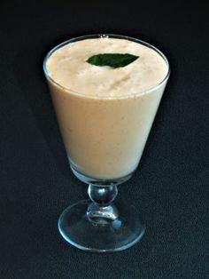 Meruňkové smoothie Smoothies, Pudding, Homemade, Desserts, Food, Tailgate Desserts, Deserts, Home Made, Essen