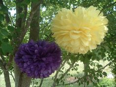 10 Tissue paper poms, Pom Pom, Paper pom, Hanging flowers, Wedding decorations, Baby shower, Bridal party, Party decorations. #HEPTEAM
