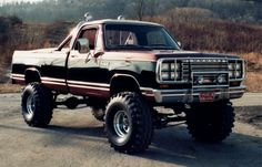 Lets see your old lifted rigs - Page 4 - Dodge Cummins Diesel Forum