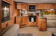 Google Image Result for http://www.roamingtimes.com/rvreports/2/images/four-winds-hurricane-class-a-motorhome-interior-2.jpg