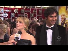 Kunal Nayyar & Melissa Rauch | Red Carpet | SAG Awards
