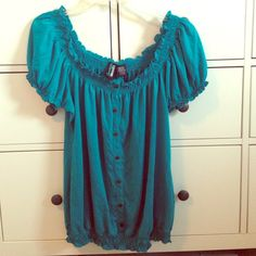 Teal Weavers Peasant Blouse Adorable teal Weavers Peasant Blouse with Brown buttons shown front. The buttons are just for show! In really great condition! (: NO trades NO PayPal Weavers Tops Blouses