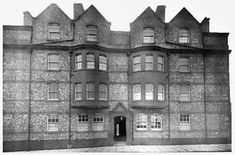 Liverpool Picturebook Liverpool History, Old Photographs, Louvre, Mansions, House Styles, Building, Travel, Home, Viajes