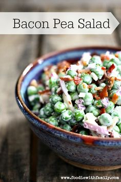 Serve this simple bacon pea salad as a side for your Easter dinner this year. dinner food These Easter Dinner Ideas Will Make Your Holiday Meal a Success Bacon Pea Salad, Potato Salad, Broccoli Salad, Easter Dinner Recipes, Easter Dinner Ideas, Sides For Easter Dinner, Bacon Recipes For Dinner, Easter Brunch, Think Food