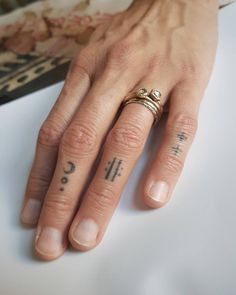 Today we would like to show you 15 cute small tattoos. A smaller piece of body art is perfect for those Finger Tattoos, Body Art Tattoos, New Tattoos, Tattoos For Guys, Cool Tattoos, Tatoos, Delicate Tattoo, Subtle Tattoos, Mini Tattoos