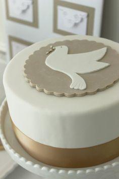 Baptism, Communion Cake - Simple but beautiful First Holy Communion Cake, Première Communion, Dedication Cake, Cake Paris, Religious Cakes, Confirmation Cakes, Baptism Cakes, Cupcake Cakes, Fondant Cakes