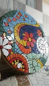 By Dri Bonati Abstrato 30 cm Mosaic Tray, Mosaic Tile Art, Mosaic Pots, Mosaic Crafts, Mosaic Projects, Mosaic Glass, Mosaic Table Tops, Mosaic Stepping Stones, Stone Mosaic