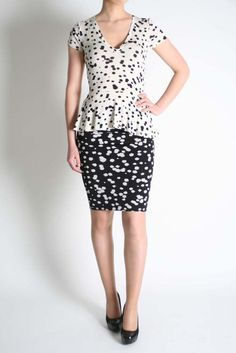 Isabel De Pedro Ink Blot Top Peplum Dress, Ink, Formal Dresses, Tops, Fashion, Dresses For Formal, Moda, Formal Gowns, Fashion Styles