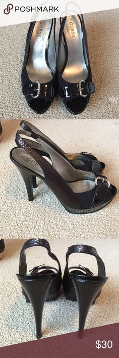 Guess WGEVELYN black platform sandals, size 10M Guess WGEVELYN black platform sandals, size 10M.  Worn to a wedding once Guess Shoes Sandals