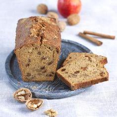 Gâteau pommes - noix - raisins secs - canelle