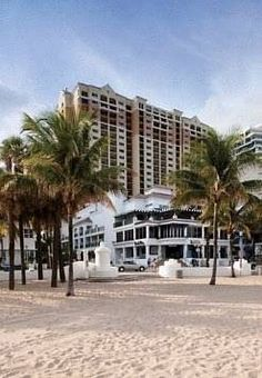 Dog friendly hotel in Fort Lauderdale, FL - Marriott's Beach Place Towers