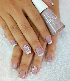 Image may contain: one or more people and closeup Manicure Nail Designs, Heart Nail Designs, Classy Nail Designs, Fall Nail Art Designs, Manicure And Pedicure, French Pedicure Designs, Classy Nails, Stylish Nails, Simple Acrylic Nails