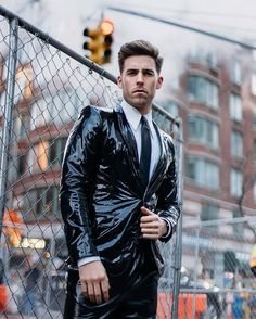 All kinds of Guys in all kinds of gear. Rubber, Leather, Neoprene, Boots, Bondage and more. Mens Leather Shirt, Biker Leather, Leather Blazer, Latex Men, Latex Suit, Blazer Fashion, Leather Fashion, Men Fashion, Vinyl Clothing