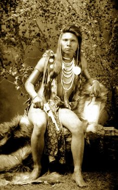 Shoshone warrior Gor-osimp. Photographed between 1884-5.