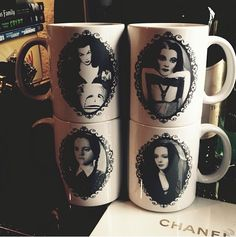 Vampira, Lily Munster, Wednesday Addams, Morticia Addams Cameo Mug Set - Cuuuute, I WANT!