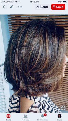 Medium Hair Styles For Women, Medium Hair Cuts, Short Hair Cuts, Brunette Hair With Highlights, Mid Length Hair, Hair Color And Cut, Layered Hair, Great Hair, Hair Dos