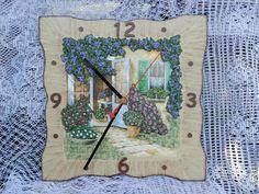 """Часы для дома ручной работы. Ярмарка Мастеров - ручная работа. Купить Часы настенные """"Французский дворик"""". Handmade. Кремовый"""