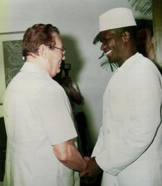 Tito e Ahmed Sékou Touré.